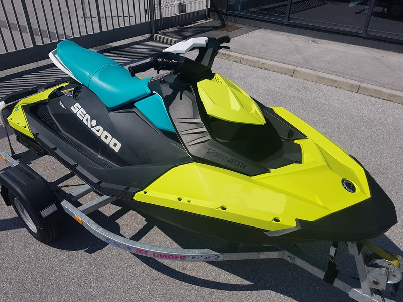 SEA-DOO SPARK 90HP 3-UP iBR